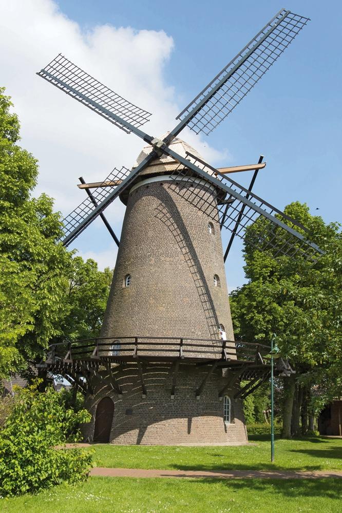 Schöne Mühle mit vier Flügel